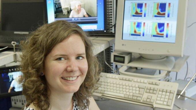 Psychologin Dr. Barbara Schmidt führt Hypnose-Experimente derzeit online durch.